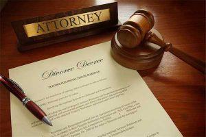 divorce-attorney-400-07974910d-(1)
